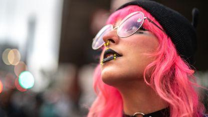 Maak kennis met e-girls: de heruitgevonden emo's