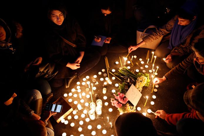Hommage aux victimes du crash à Téhéran