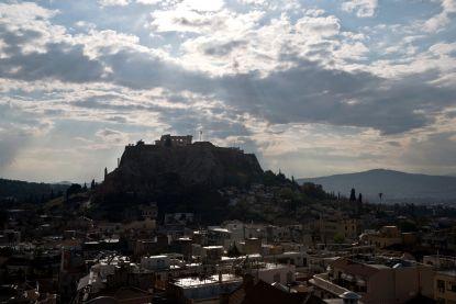 Bliksem slaat in op Akropolis: vier gewonden