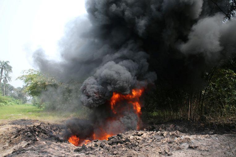 Oliewinning van Shell in Nigeria.  Beeld REUTERS