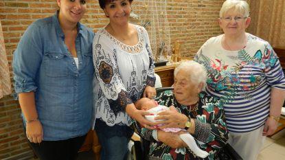 Gabrielle (95) trots op vijfgeslacht