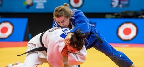 Judoka Tsjakadoea pakt bronzen medaille, Verhagen klaar in Doha