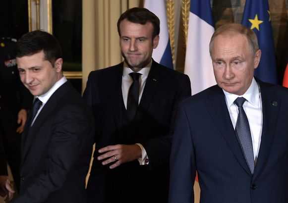 Zelenski, Macron en Poetin in het Elysée.