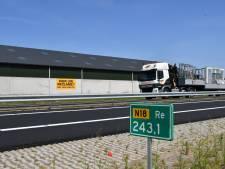 Slimme boer verdient duizenden euro's met advertenties langs nieuwe N18
