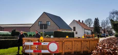 Zes huishoudens moeten huis uit bij demonteren vliegtuigbommen in  Wijkevoort