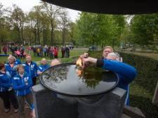 Oud-atlete Nelli Cooman komt bevrijdingsvuur in Laarbeek aansteken