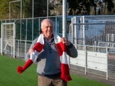 Teun ligt wakker van de rekening voor onderhoud voetbalvelden Rood-Wit'58 in Putten