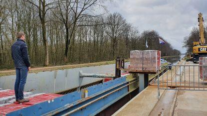 """Gemeente geeft opnieuw positief advies voor windmolens op site Wienerberger: """"Vlaanderen en provincie moeten duidelijke regels vastleggen"""""""