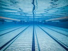 Zwemles in kleine groepjes: in zwembad De Zwoer in Driebergen kan het weer