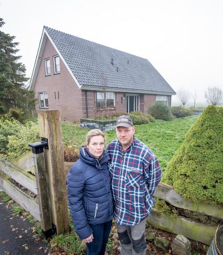 Gezin uit Vriezenveen doodziek in eigen huis: 'We worden legaal vergiftigd'