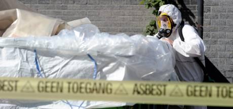 Huizenbezitters laten asbestdak lekker liggen: 'Ik moet een probleem oplossen dat de overheid heeft veroorzaakt'