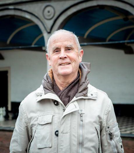 Jaren ouder is Zierikzeeënaar Dick Doeswijk zijn passie voor schrijven nog altijd niet kwijt