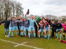 Promotiefeest in Arnhem en Oosterbeek is dichtbij: voetballers OVC'85 en MASV zijn zeer kansrijk