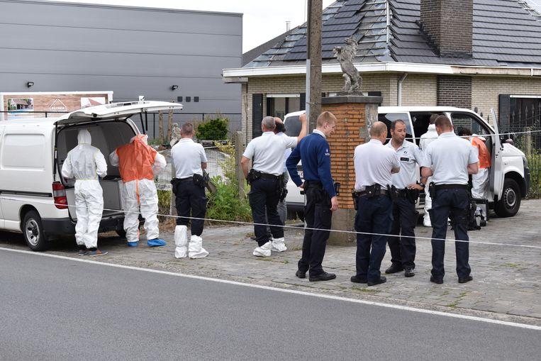 In de woning werd vorige week donderdag het levenloze lichaam van een man ontdekt.