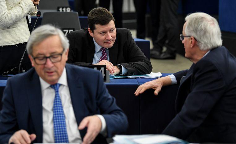 Juncker (links in beeld) met Selmayr (centraal).