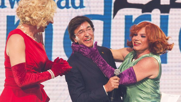 Archieffoto van Debby en Nancy met premier Elio Di Rupo.