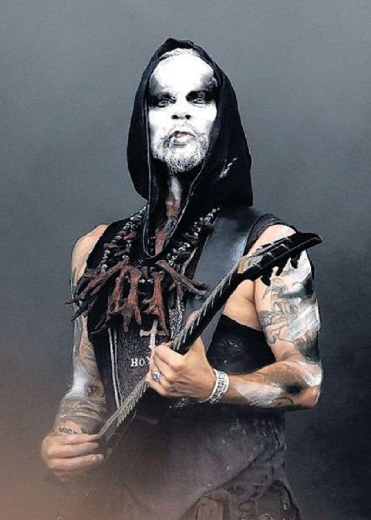 Adam 'Nergal' Darski, zanger van de Poolse black-metalband Behemoth, werd vrijgesproken nadat hij op het podium een bijbel had verscheurd. Beeld Corbis/HH