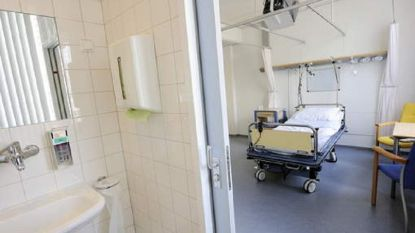 Patiënt krijgt geamputeerd been als hoofdkussen