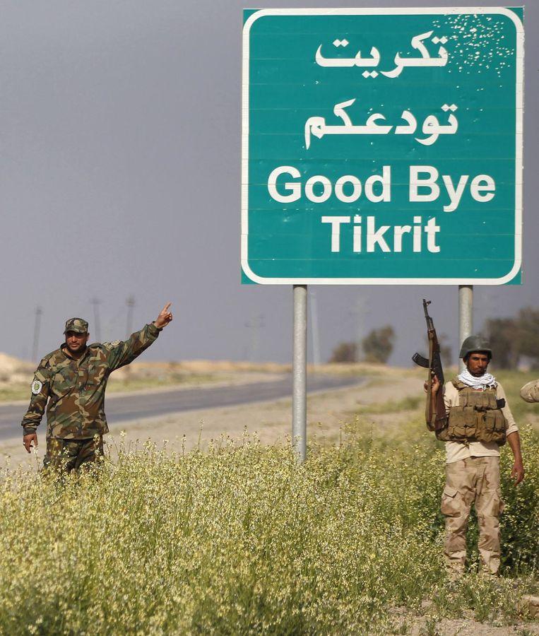 Sjiitische soldaten gisteren bij al-Alam. Beeld reuters