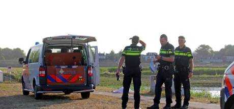 Overleden persoon aangetroffen in Crezéepolder bij Hendrik-Ido-Ambacht