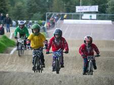 Eisen landelijke wielerbonden jagen Nijverdalse club op kosten