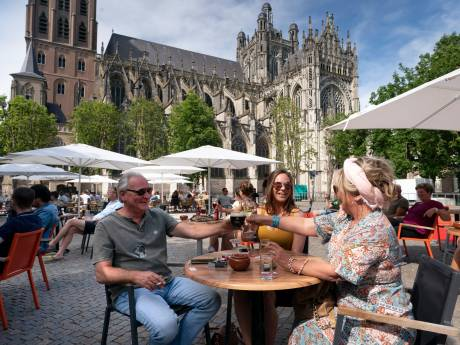 Bossche horeca wil op korte termijn meer gasten aan één tafel: 'Het is bijna niet te handhaven'