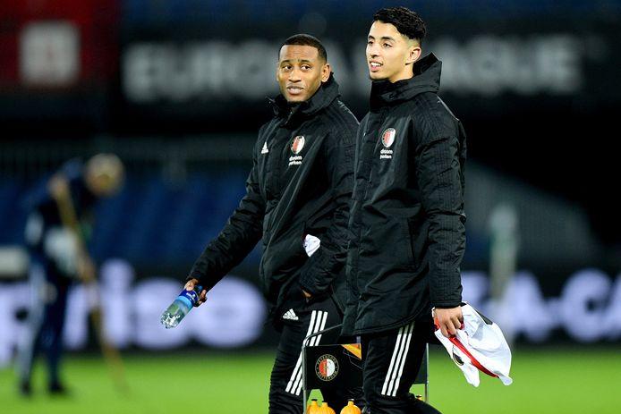 Naoufal Bannis (rechts) heeft zijn aflopende contract bij Feyenoord verlengd tot de zomer van 2023
