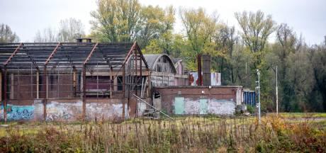 Vakantiehuisjes en hotel op terrein voormalig steenfabriek De Groot in Velp