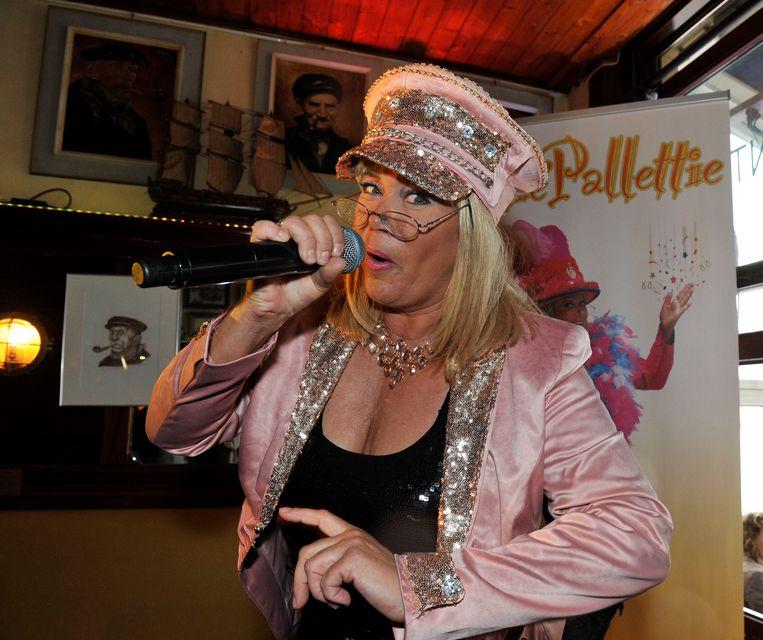 Ambiancekoningin Jettie Pallettie komt naar Wakken Swingt.