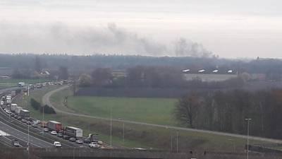 Bus in brand op A58 bij Breda: weg is weer open