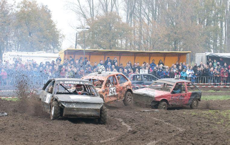 De verschillende reeksen autocross zijn telkens goed voor spektakel