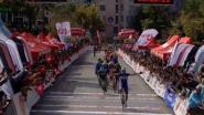 KOERS KORT 09/10. Alaphilippe zet punt achter seizoen - Richeze viert in Turkije, Gaviria breekt sleutelbeen - Skujins wint Tre Valli Varesine
