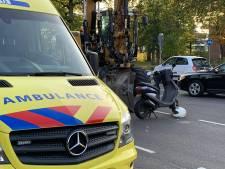 Fietser raakt gewond bij botsing met scooter in Oldenzaal