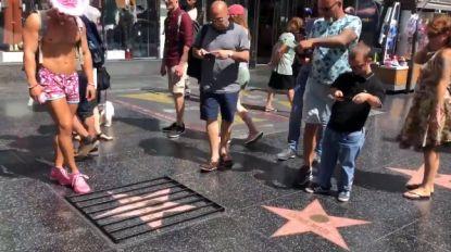 Ster van Trump op Walk of Fame achter tralies gezet