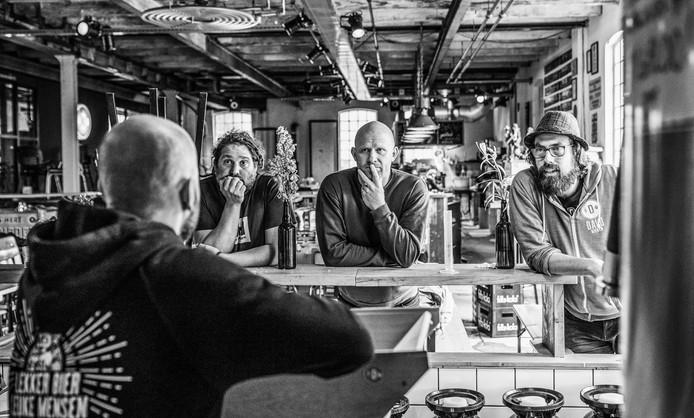 Team Migaloo en Davo Bieren in Deventer slaan de handen ineen in de strijd voor schone oceanen
