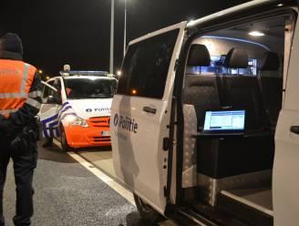 Dronken bestuurder betrapt na avondklok: nachtje in de cel