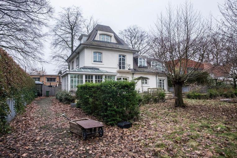 De villa in de Dennenlaan in Wilrijk.