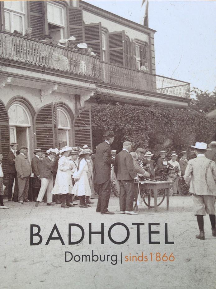 De cover van Badhotel Domburg