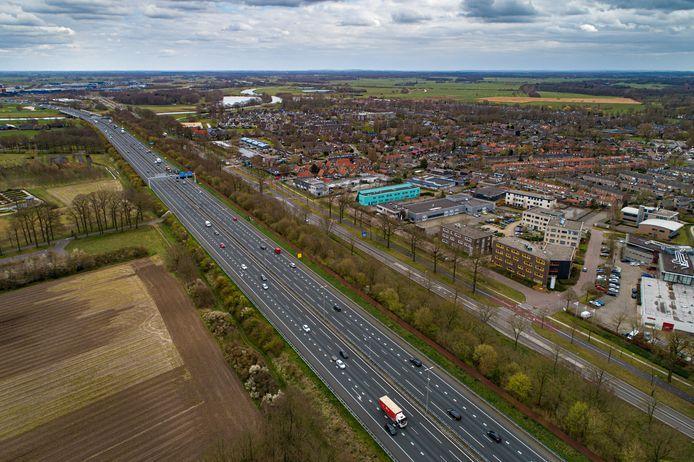 Rechts de Zwolse wijk Berkum. Op de achtergrond groengebied Vechtpoort, een mogelijke woningbouwlocatie in de toekomst.