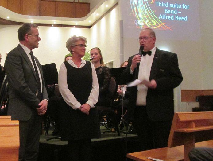 De Wierdense burgemeester Doret Tigchelaar-Van Oene is benoemd tot erevoorzitter van de Harmonie Wierden. Voorzitter Erik Eshuis overhandigde haar een oorkonde, haar echtgenoot kreeg een cd met een opname van de laatste concoursdeelname van het A-orkest.