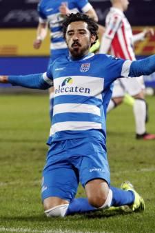 Drie keer raak en Willem II gaat door de knieën: invaller Reza is de gevierde man bij PEC Zwolle
