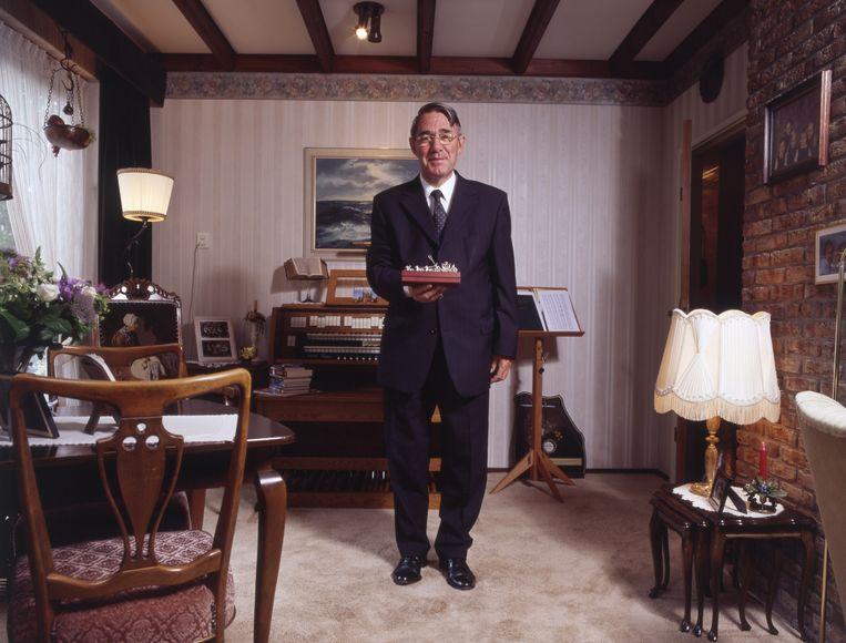 Bas van der Vlies, fractievoorzitter van de SGP en in 2006 25 jaar lid van de Tweede Kamer, foto Trouwe Dienst  Beeld