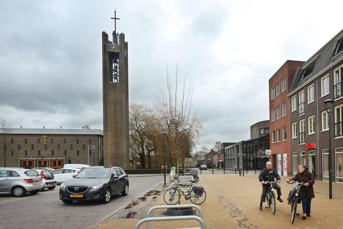 Depla: 'Dat besmettingen in Prinsenbeek al in zo'n vroeg stadium aan het licht zijn gekomen, komt waarschijnlijk dankzij het voortvarende testbeleid van zorgmedewerkers door Amphia.'