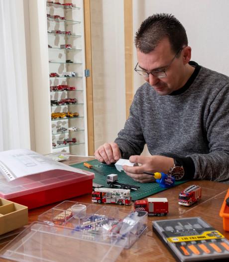 Jeroen Landman uit Oldebroek bouwt brandweerwagens: klein maar fijn en met elk detail