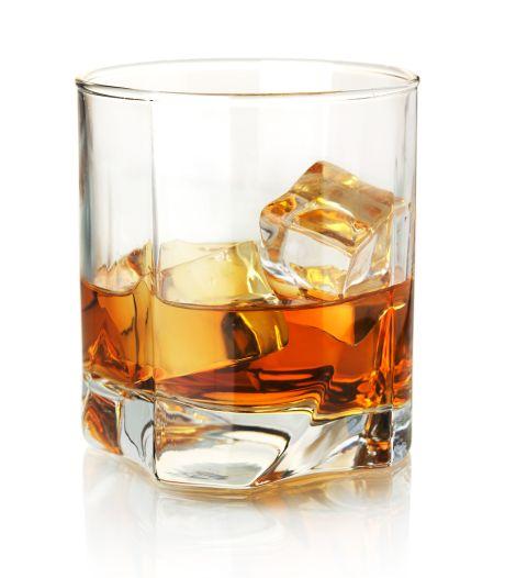 Opslag anderhalf miljoen liter sterke drank op boerenbedrijf in Baarle-Nassau gaat niet door