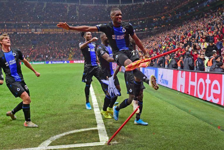 Mata kreeg zijn tweede geel toen hij tijdens de viering van de 1-1 de cornervlag doormidden trapte.