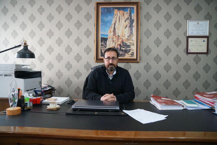 Volgens advocaat Mahmut Kacan werken smokkelaars al jaren samen met de Turkse autoriteiten.  Beeld Melvyn Ingleby