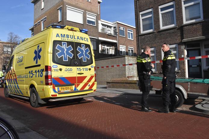 Hulpdiensten zijn paraat na het incident in de Pijnacker Hordijkstraat.