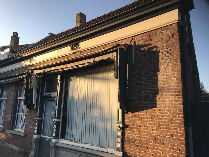 De voormalige kruidenierswinkel van Van Bekhoven, Zandheuvel 49.