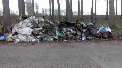 Natuurpunt haalt gigantische afvalberg op bij zwerfvuilactie